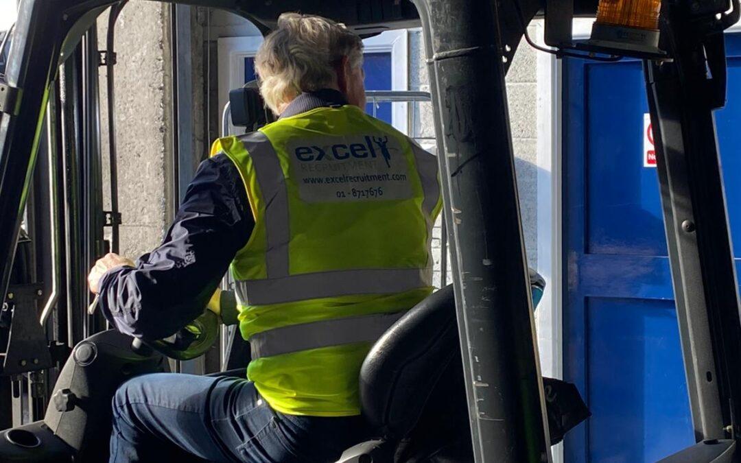 Forklift Training (Refresher)